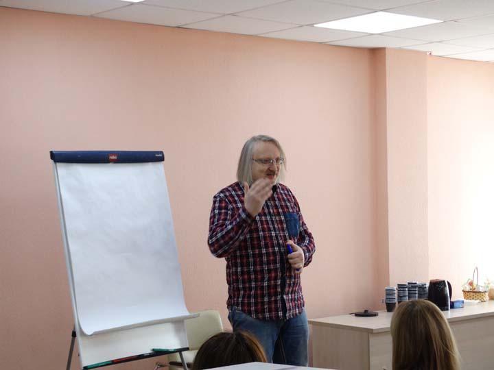 Работа для девушек в Киеве эскорт моделью с высокой оплатой!